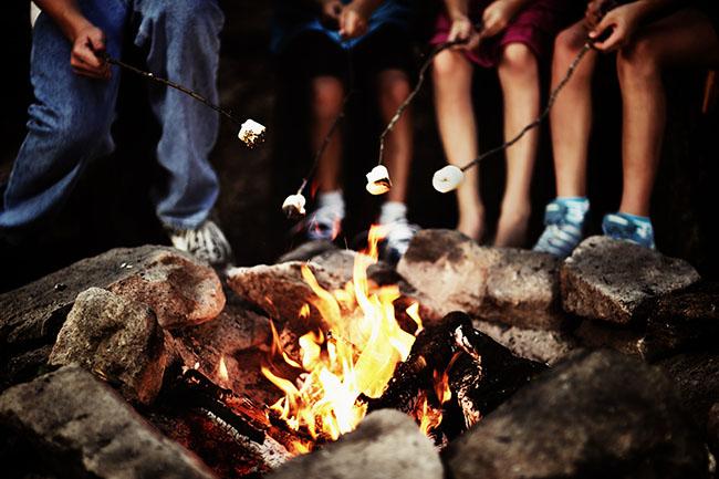 Lagerfeuer und Grillen am Ferienhaus